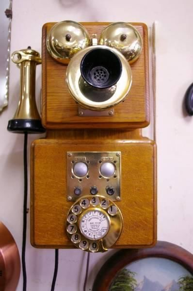 Wall Mounted Oak Vintage Telephone | Other Antiques, Art & Collectables | Gumtree Australia Moreland Area - Brunswick East | 1010131886
