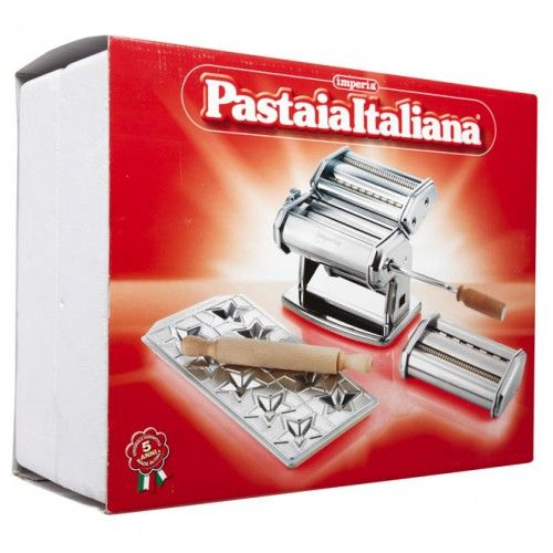 Imperia Pasta Machine Set - the comprehensive set is a wonderful gift for any pasta lover.