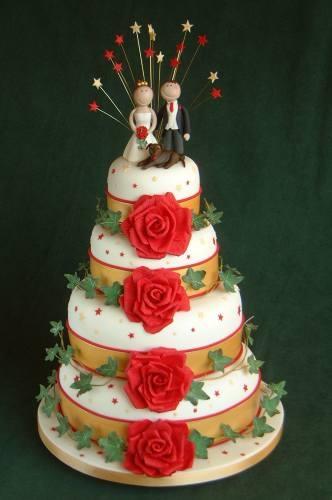 54 Best Christmas Wedding Cakes Images On Pinterest