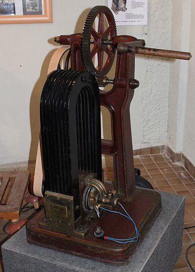 Máquina de Gramme expuesta en el Museo de la Electricidad de Borgoña (Dijon, Francia)