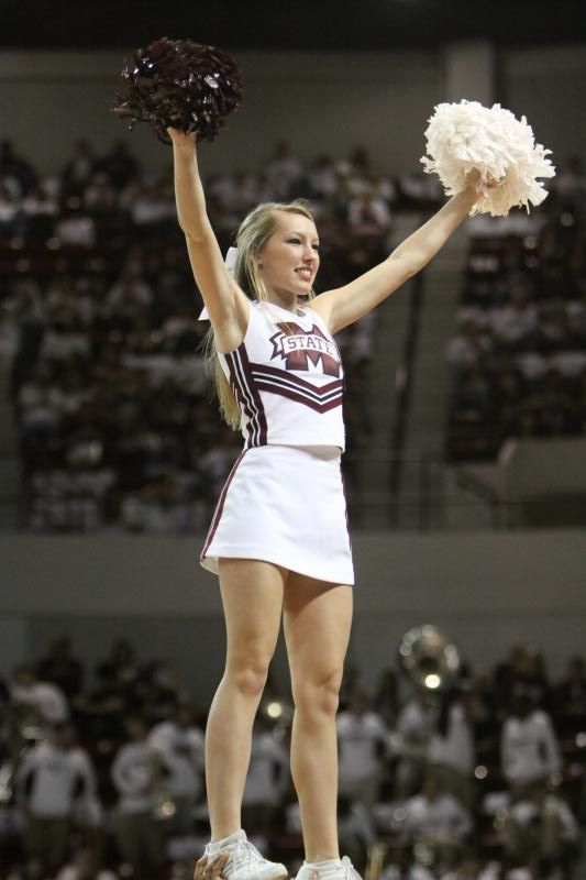 1000 Images About College Cheerleading On Pinterest