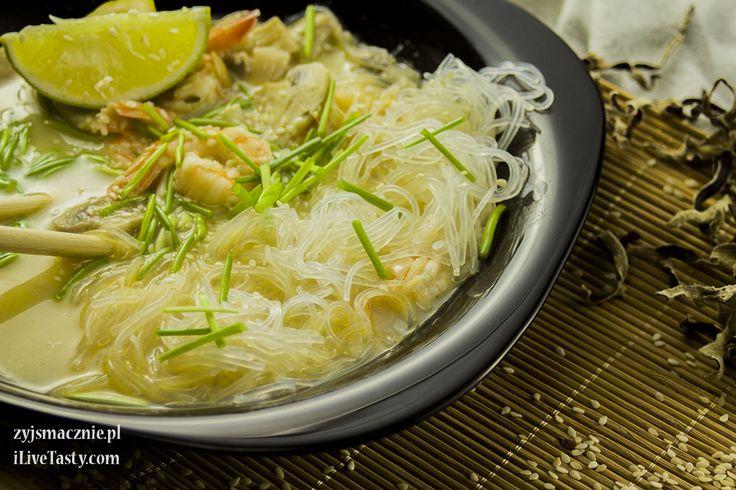 Zupa tajska z mleczkiem kokosowym i krewetkami - Powered by @ultimaterecipe