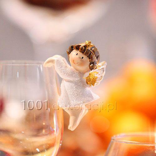 Ślub i wesele - pomysły i inspiracje na dekoracje i atrakcje: Smakowite święta pachnące piernikiem, choinką, pomarańczami...