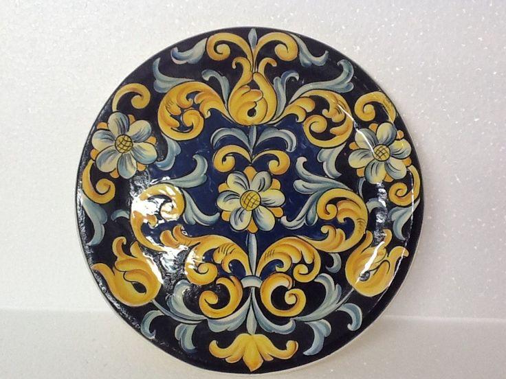 Lindo prato Italiano usado tanto para decoração como uso diário
