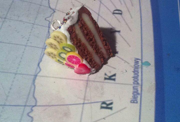 Miniature FIMO cake ;)