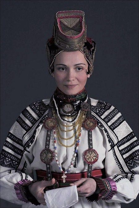 Russia, village of Podserednee, Belgorod Province. National costume of a young married woman