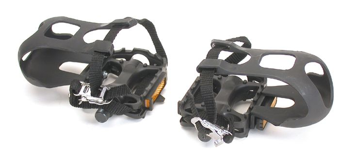 These simple platform pedals from Bikecorp come with an extra features in the form of a toe clip and strap. One of the more annoying things that can happen while riding is your feet slipping off the pedals, especially when you are going at a good pace. If you're not ready for clip-in pedals, toe clips is the more amateur version of them.