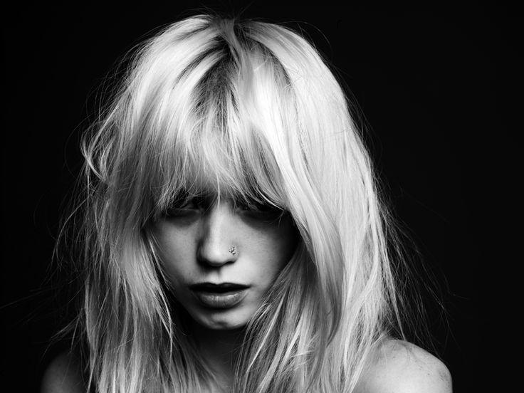 hedi slimane: Abbeyleekershaw, Beautiful, Hair Cut, Bangs, Hair Style, Wigs, Portraits, Abbey Lee Kershaw, Hedy Sliman