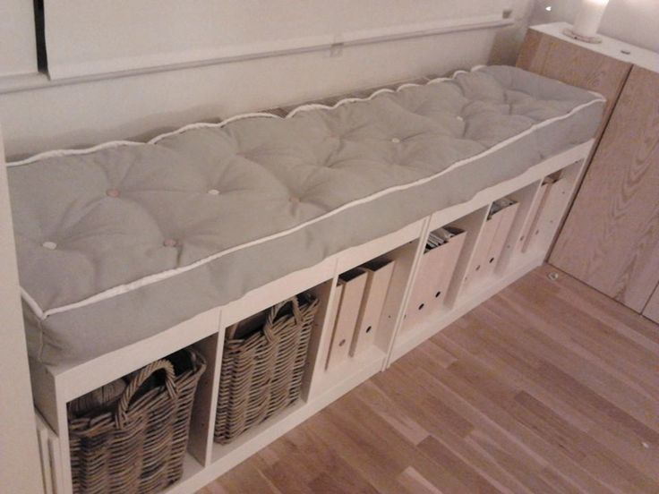 my hand made mattress, 1 day work, DIY mattress,   DIY tufting, window bench = ikea Trofast x 2,  ikea hack, diy bench