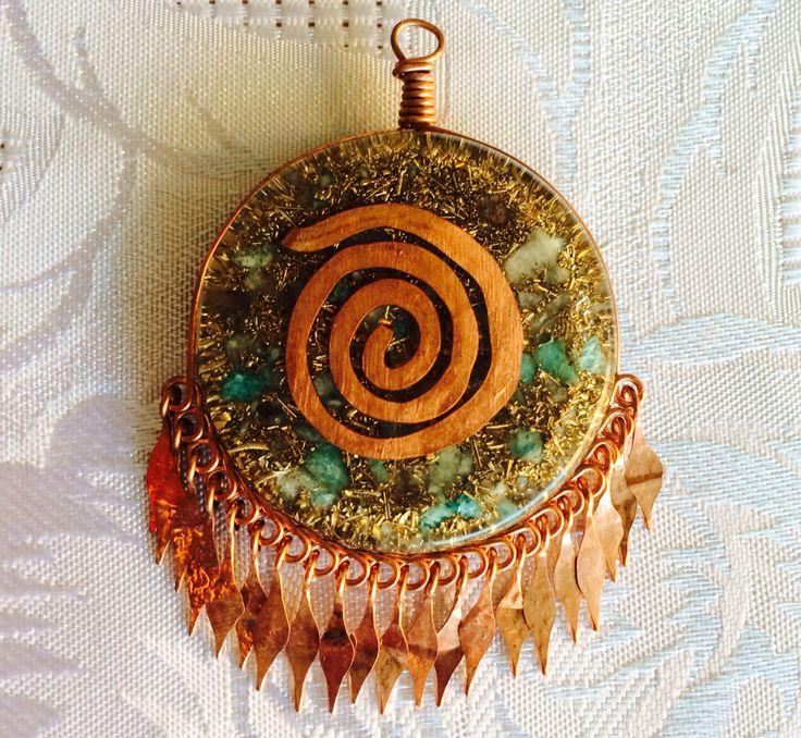 Orgon Collar engarzado en cobre elegante terminación.