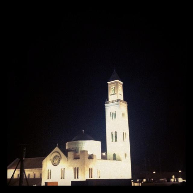Maestosità cattedrale Bari Vechia