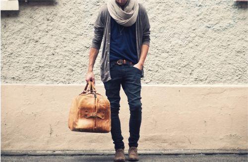 scalf: Men S Fashion, Style, Bag, Mens Fashion, Outfit, Men Fashion, Mensfashion, Men'S Fashion, Scarf