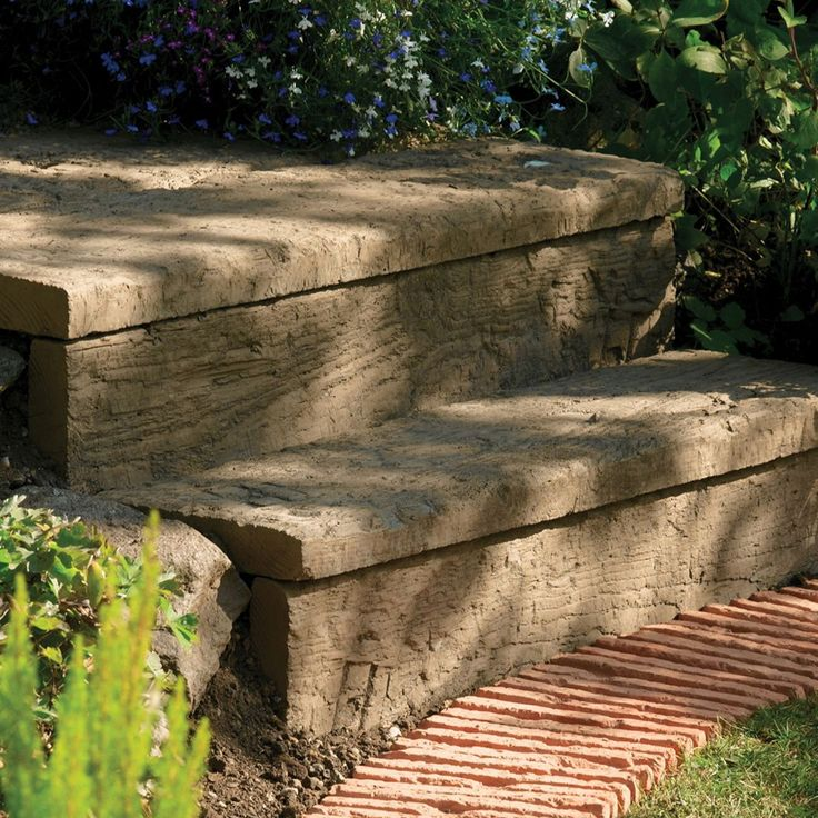 £7.50  - Traditional Stonewood Paving Edging Antique Brown, (L)600mm (H)250mm (T)40mm | Departments | DIY at B&Q