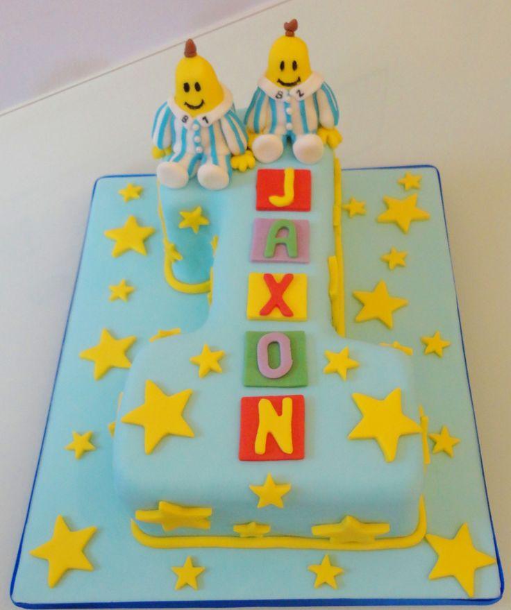 Banana's in pyjama's cake