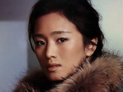 GONG LI actrice, née à Shenyang  (31.12.1965)