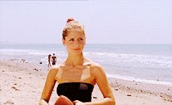 Anybody ever told team you the quarterback throws like a girl? -- (gif set)