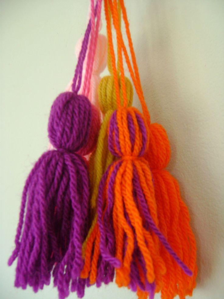 Borlas de lana o hilo para cualquier tipo de decoraci n for Borlas para muebles