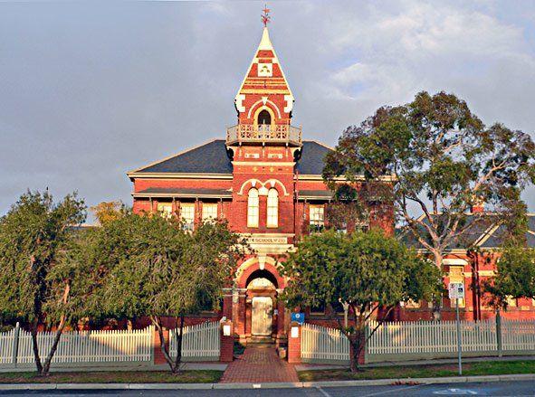 Historical Architecture in Eaglehawk and Bendigo Gold mine town
