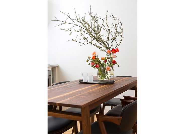 Dining Room. TomMarkHenry Designers  www.tommarkhenry.com   #residential #interior #timber #flowers #styling #tablescape #danishfurniture