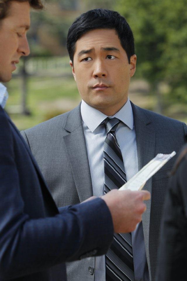 "Simon Baker and Tim Kang in ""The Mentalist"""