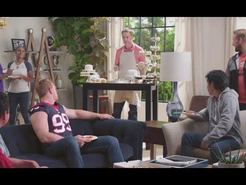 Papa John's Commercial 2016 Peyton Manning, J.J. Watt Cupcakes - YouTube