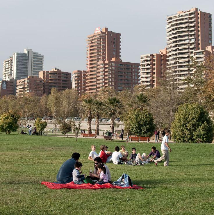 Ciudad Moderna: Capital Santiago de Chile Parque Bicentenario Bicentenario Park
