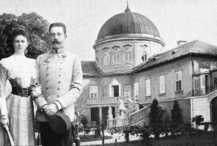 velmi vzácná fotografie hraběnky Žofie Chotkové a arcivévody Františka Ferdinanda d´Este na návštěvě na zámku Veltrusy, kolem roku 1900 !!!!