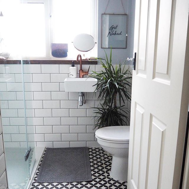 Bertie Black White Feature Floor Tiles 33x33cm Bathroom