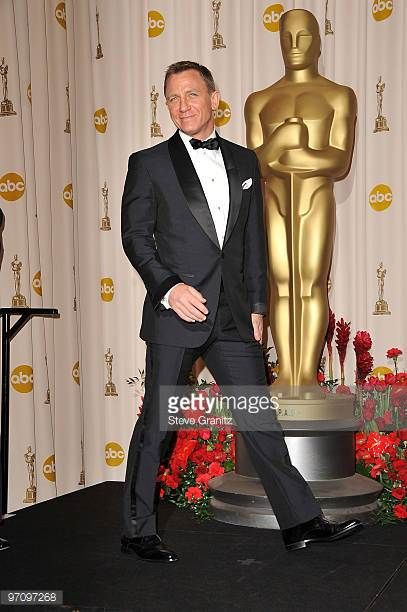 f6552765be0 Actor Daniel Craig poses in the 81st Annual Academy Awards press room held  at The Kodak