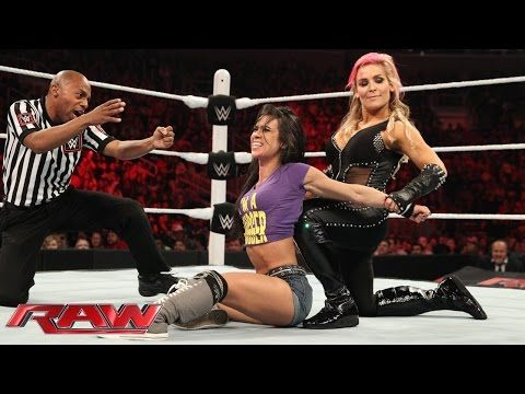 Why The WWE Divas Match Didn't Get Moved To The Pre-show, AJ Teaming With ASPCA - StillRealToUs.com