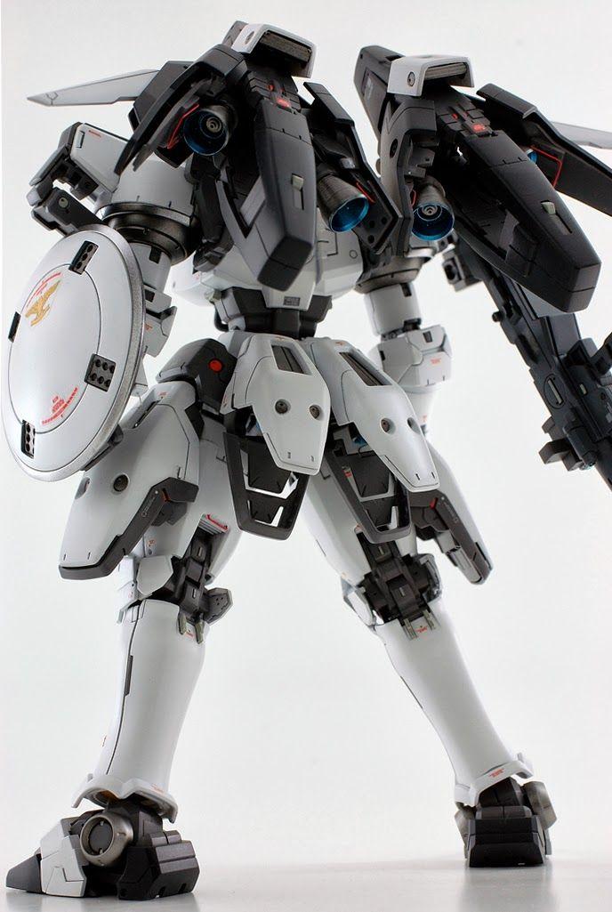 MG 1/100 Tallgeese  Modeled by matmat