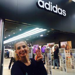 Спорт делает тебя сильной! Спортивная одежда Adidas делает тебя свободной! Посети любой фирменный магазин ADIDAS в своем городе и сделай селфи. На фотографии должен быть виден логотип Adidas размещенный в магазине (на вывеске, стене, фирменной стойке). Если можешь - покажи на селфи жест свободы (как на логотипе конкурса)! Твоя любовь к спорту, стильный взгляд на мир и воля к победе помогут тебе достичь успеха и победить в этом конкурсе! В этом конкурсе 20 призовых мест с общим фондом 25000…