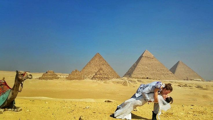 Cairo, Egypt This Creative Couple Got Married In 38 Different Places Around The World • Page 5 of 6 • BoredBug