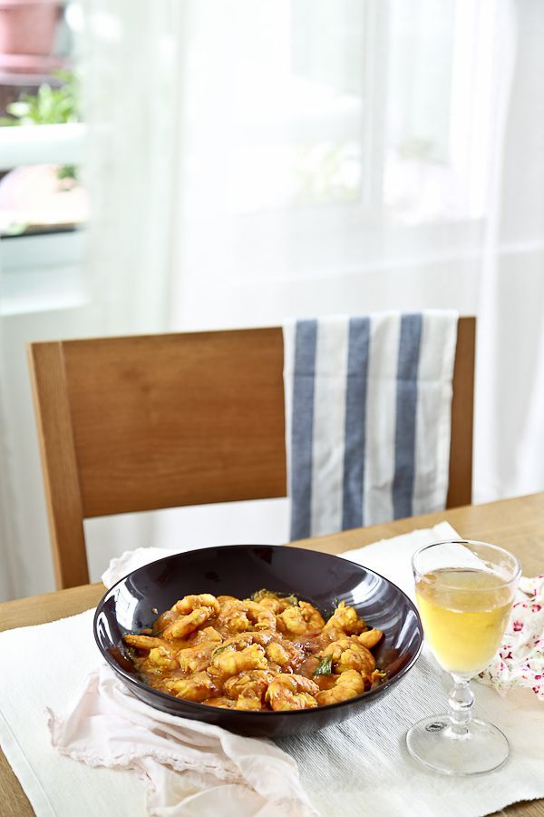 HEALTHY weeknight meal: THAI Prawn Massaman Curry, make it from scratch and ready in 20 mins!