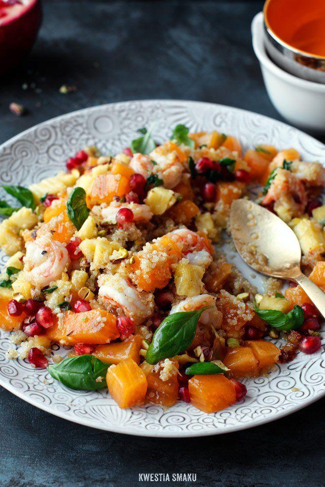 Sałatka z komosą ryżową, krewetkami i pistacjami