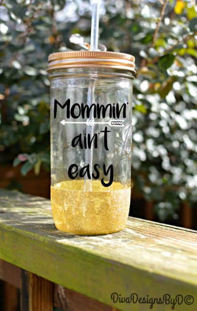 Mommin' Aint Easy Glitter Mason Jar // Glitter Tumbler // Mom Life Tumbler // Glitter Dipped Jar by DivaDesignsByDesirae on Etsy