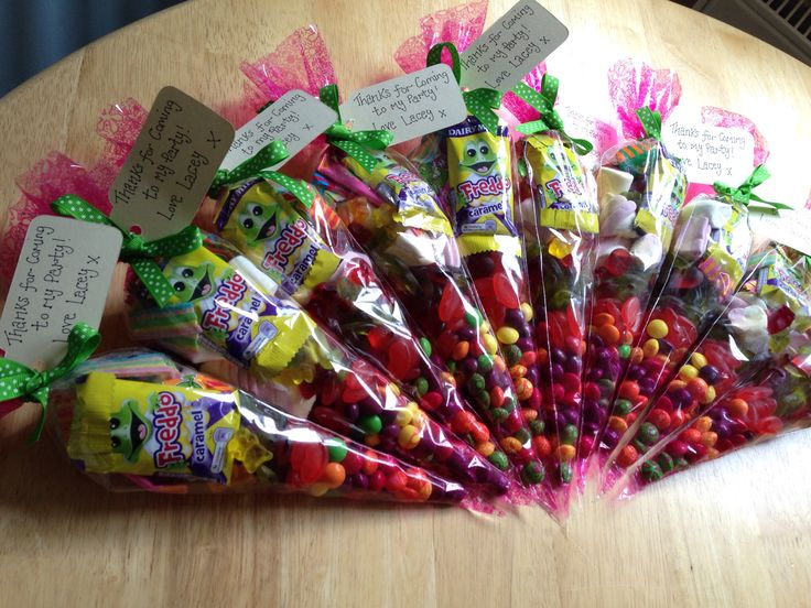 Candy Cones for a little girls birthday! Nice change from party bags. I hand wrote the little message tags for these for added personalisation.