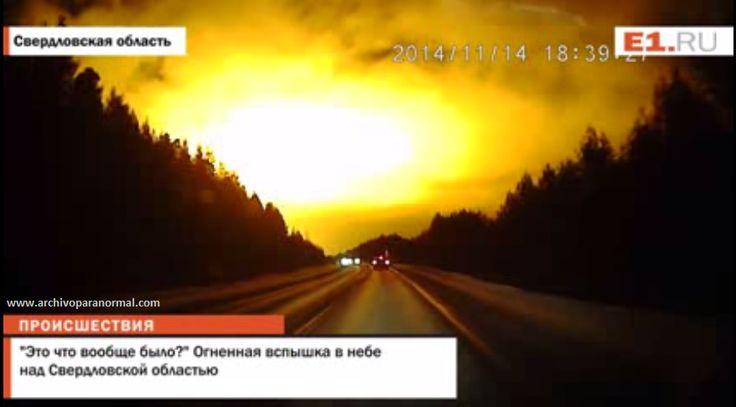 Espectacular Fenomeno Ilumina la Noche en Rusia 14 Noviembre 2014