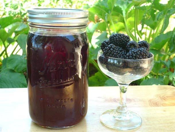 Blackberry Liqueur Recipe - blackberries, brandy, vodka, and lime zest (optional) and simple syrup. Sounds delish!