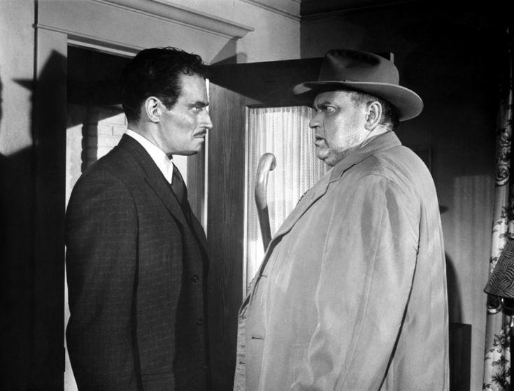 Charlton Heston et Orson Welles dans La Soif du mal