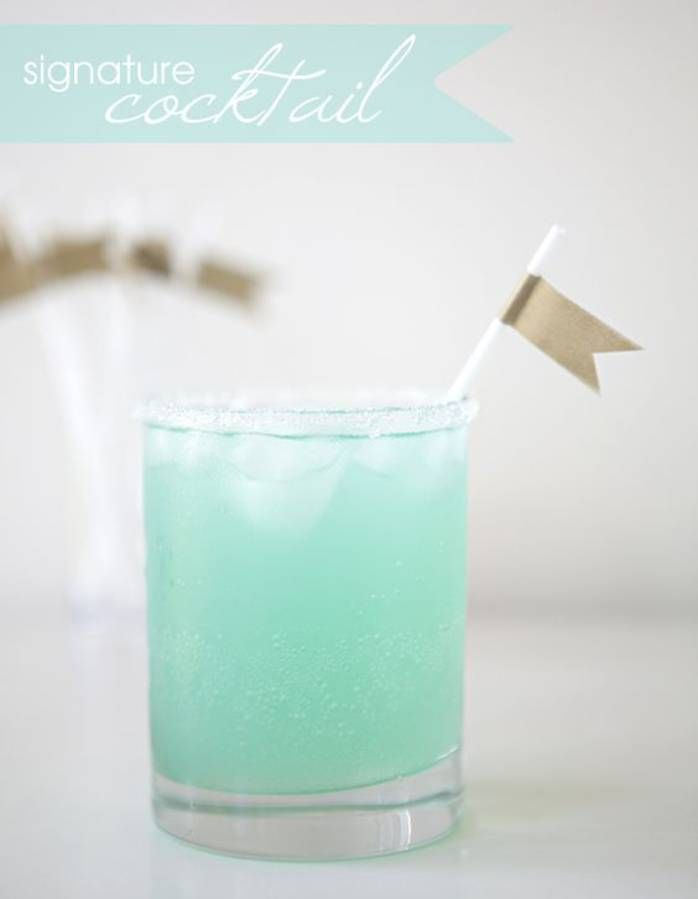 Cocktail bleu turquoise