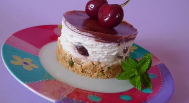 Recette - Cheesecake aux cerises sans cuisson - Proposée par 750 grammes