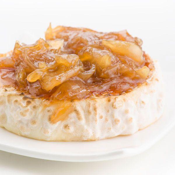 La cebolla caramelizada es un acompañamiento perfecto para quesos, carnes a la parrilla o frías, foie fresco a la plancha... o para canapés y tostaditas a tu gusto.