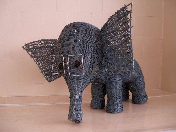 #слон из лозы