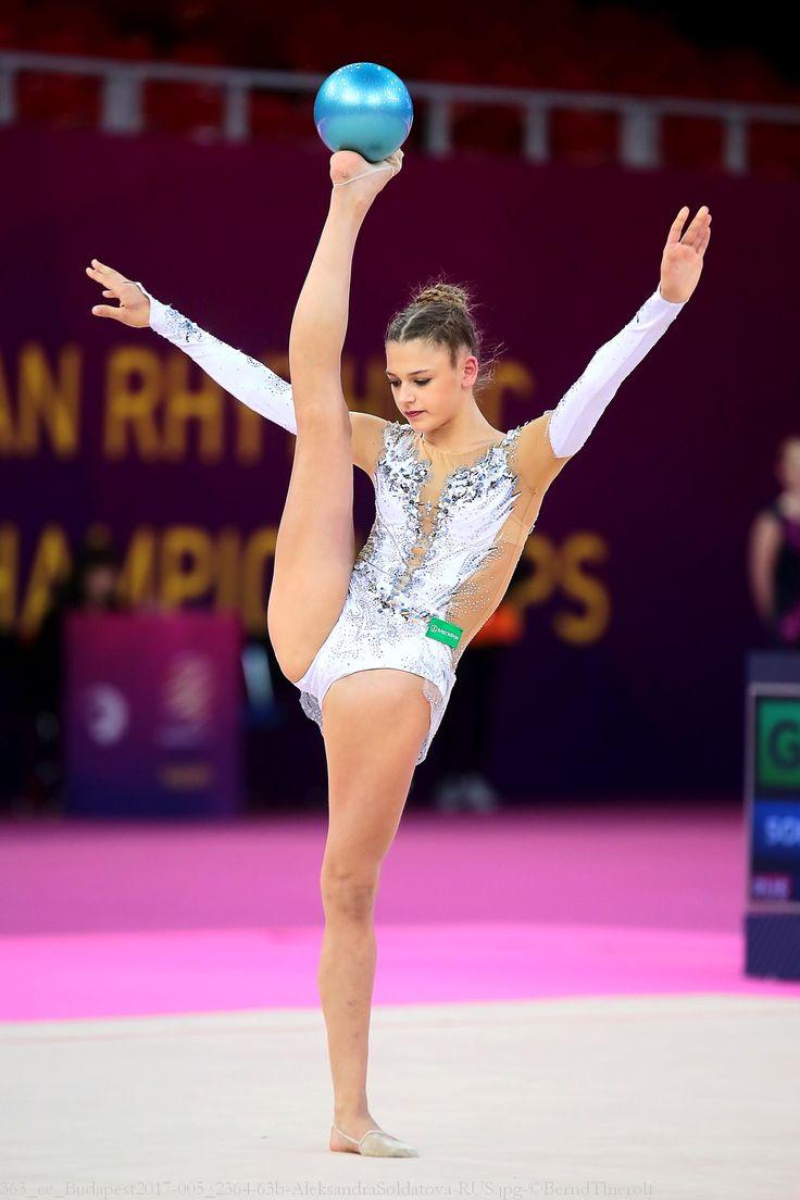 49 besten russische sportgymnastinnen bilder auf pinterest russisch finnland und rhythmische. Black Bedroom Furniture Sets. Home Design Ideas