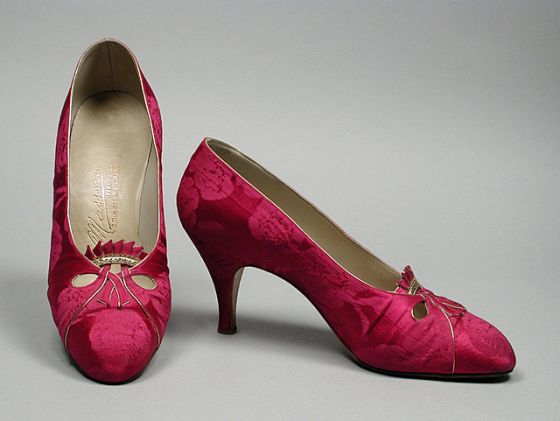 Pair of Womans Pumps Massaro (France, Paris, 20th century) France, 1960s Costumes; Accessories Silk damask Size: 7 1/2 N
