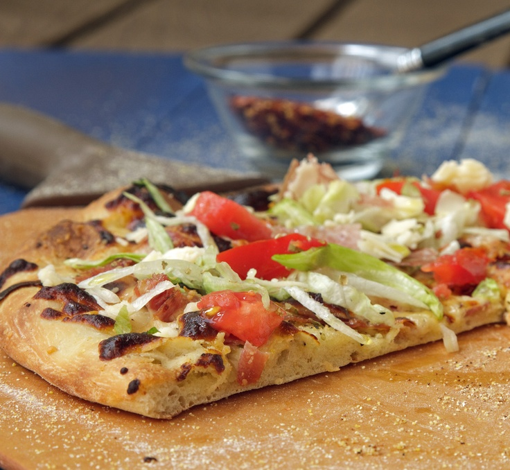 What's for lunch today?  How about an Italian Hoagie Pizza baked outside on your grill!