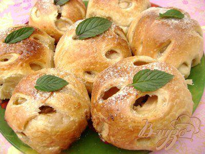 """Яблоки, фаршированные орехами и мёдом, в слоёной """"шубке"""" - пошаговый рецепт с фото"""
