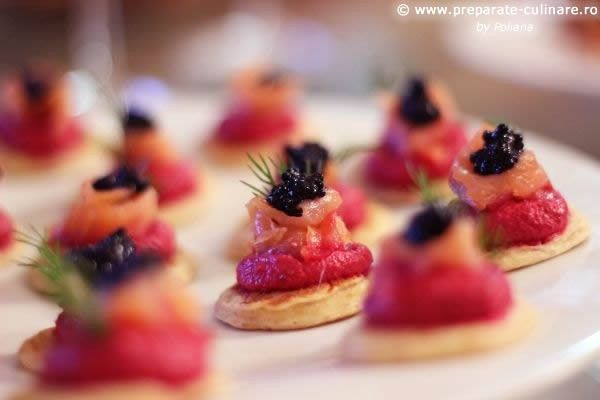 Blinis with beetroot cream and smoked salmon