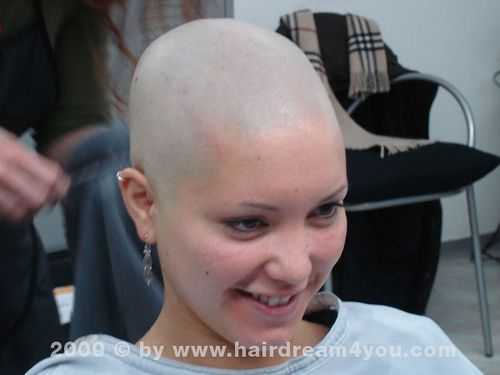 Shaved womens heads tolle